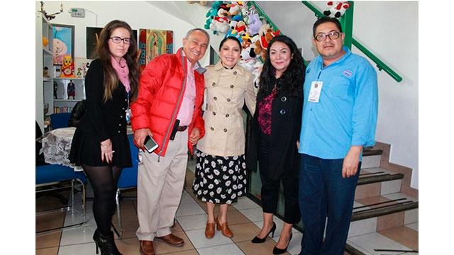 """La Directora General del Sistema para el Desarrollo Integral de la Familia  de la Ciudad de México, Esthela Damián Peralta,  recorrió """"Casa Hogares Providencia"""" para conocer la  operación del Centro de Asistencial Social."""